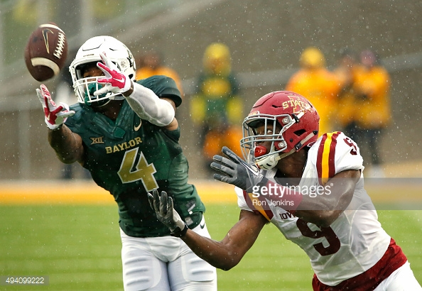 494099222-xavien-howard-of-the-baylor-bears-intercepts-gettyimages