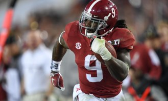 Jan 9, 2017; Tampa, FL, USA; Alabama Crimson Tide running back Bo Scarbrough (9) scores a touchdown during the second quarter against the Clemson Tigers in the 2017 College Football Playoff National Championship Game at Raymond James Stadium. Mandatory Credit: John David Mercer-USA TODAY Sports ORG XMIT: USATSI-326274 ORIG FILE ID: 20170109_sal_sx1_173.JPG