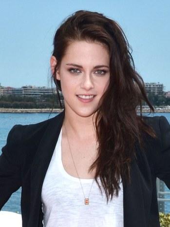 celebrity-trends-2012-12-kristen-stewart-hair-texture